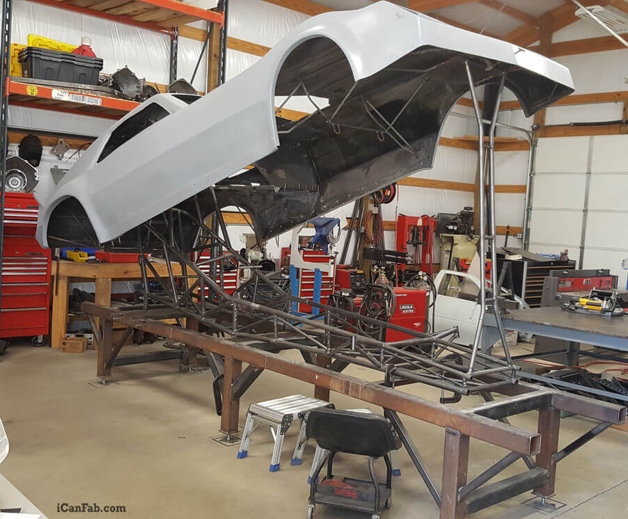 S&W nostalgia funny car chassis